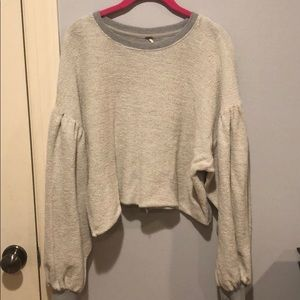 grey and off white crop top